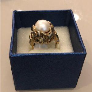 Vintage Napier ring with floral motif faux 1920